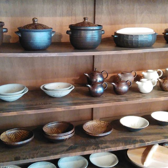 城進展 KOHORO(二子玉川)さんにて 11月30日まで開催中冬の器をたくさんご用意してお待ちしております!#kohoro#城進 - from Instagram