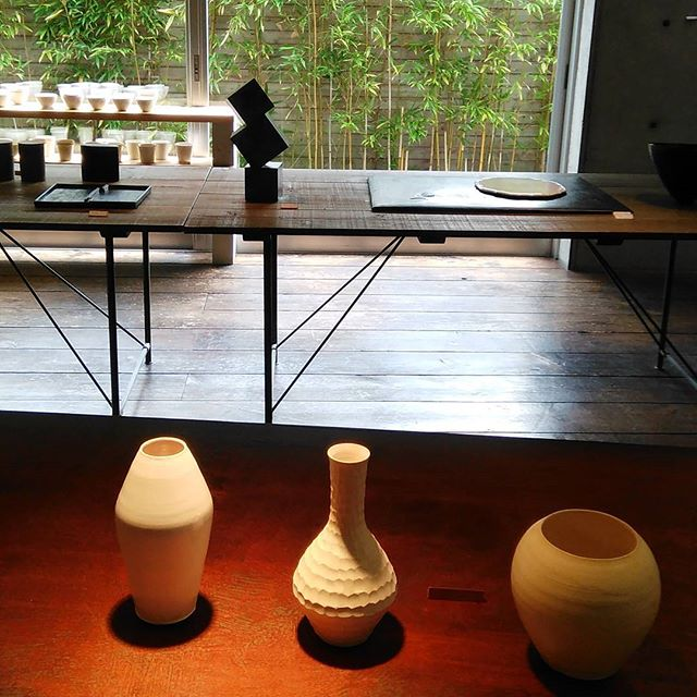 長浜 季の雲さんへ岡田直人さんと新宮州三さんの展覧会を見に行きました。#岡田直人#新宮州三 - from Instagram