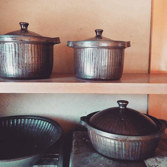 台所がどんどん土鍋だらけに・・・。#土鍋#城進 - from Instagram