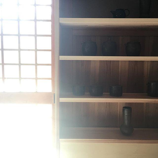 おでかけ日和っぽい。・次の展示は2/17(土)-2/26(月)sumica栖(横浜)にて在廊日 2/17耐熱の器を中心に。ぜひご覧ください。@utsuwa_sumica @jojosusumu